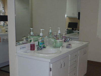 Tooth Brushing Station